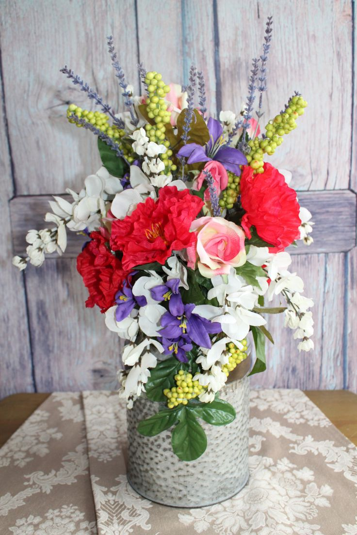 32 Best Silk Flower Centerpieces Images On Pinterest Joanna Gaines