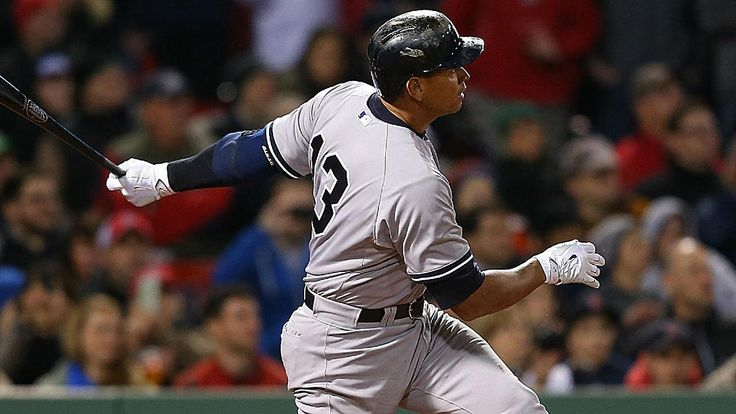 Alex Rodriguez ties Willie Mays with home run No. 660