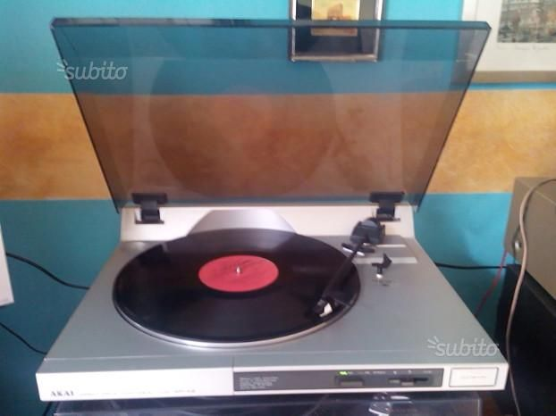 Giradischi Akai Trazione Diretta Puntina Nuova - Audio/Video In vendita a Palermo