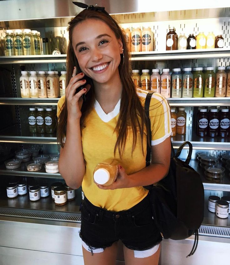 "711.4k Likes, 2,181 Comments - ALEXIS REN (@alexisren) on Instagram: ""Can't you see I'm on the phone @davidmushegain ? """