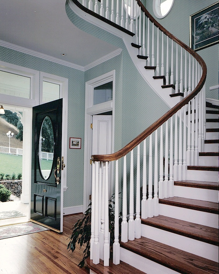 Best 17 Best Images About Traditional Stairs On Pinterest 400 x 300
