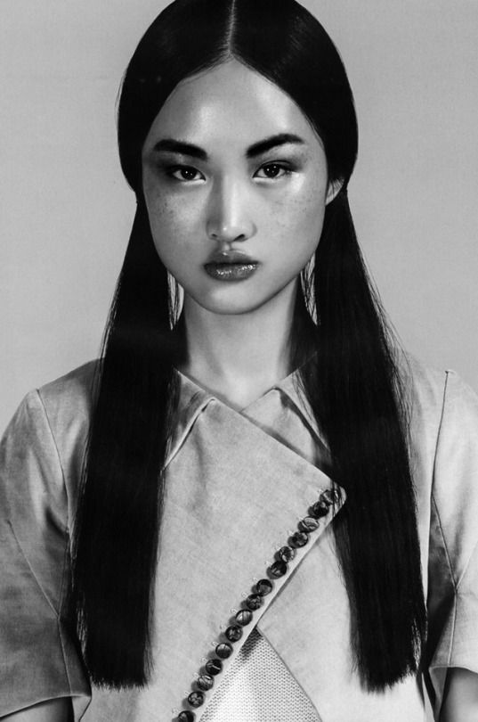 Jing Wen by Liang Zi for Manifiesto Magazine, March 2015.