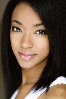 Sonequa Martin-Green cont. her role as Sasha