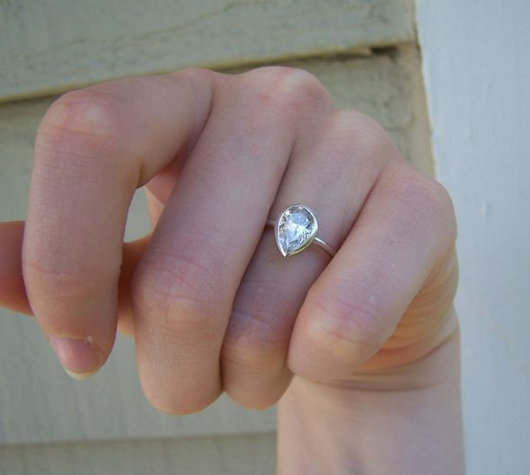1000 Ideas About Pear Engagement Rings On Pinterest Pear Wedding Ring Pea