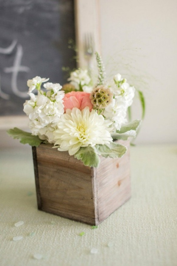 Love this for small center pieces on food tables or down