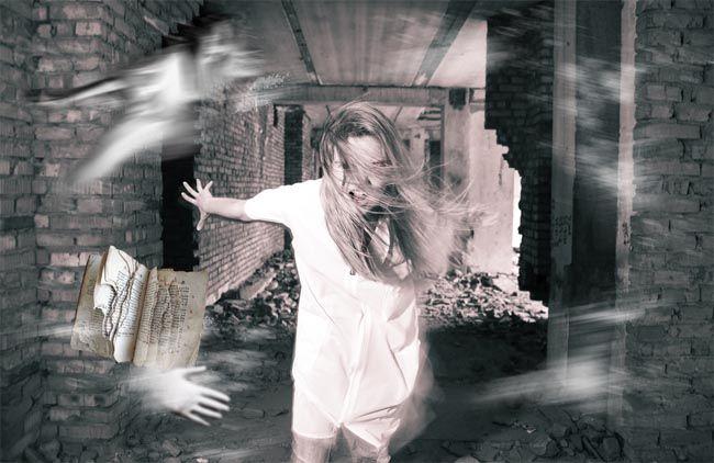 фото призрак из стены утаскивает за собой деву: 3 тыс изображений найдено в Яндекс.Картинках