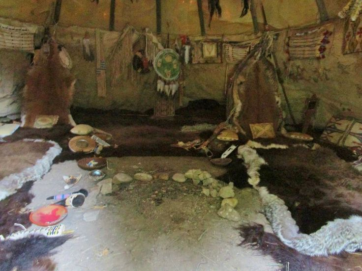 81 best tipis dwellings images on pinterest native american indians native americans and. Black Bedroom Furniture Sets. Home Design Ideas