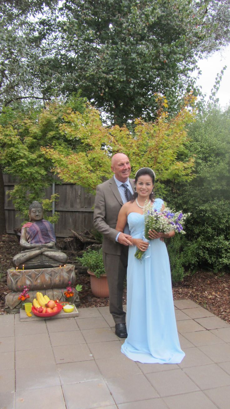 Pia and Martin married at the home of Martin's son in March
