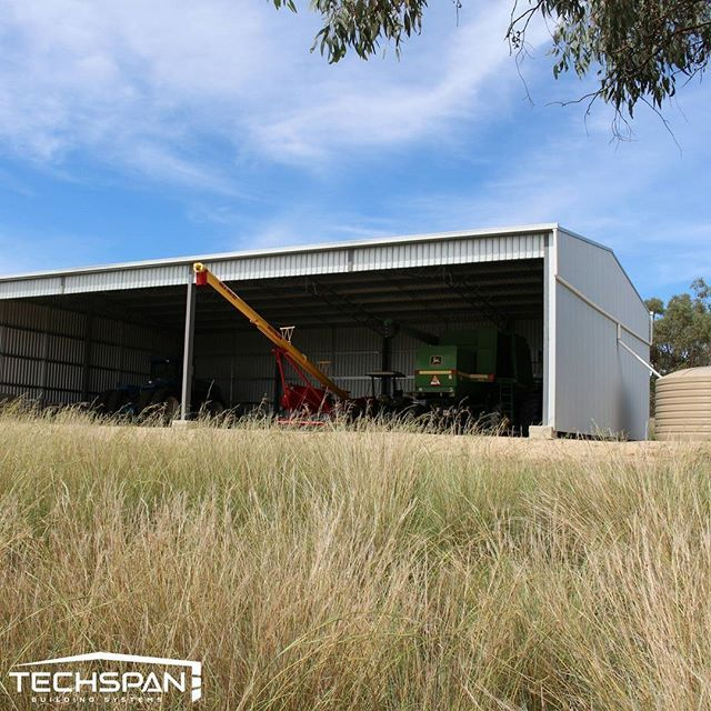 Machinery shed we built out near Inverell NSW #inverell #inverellnsw #nsw #machineryshed #farmshed #industrialshed #commercialrealestate #commercialproperty #farmlife #farms #farming #farmers #rural #techspanbuildings #agriculture #farmer #tractor #farm