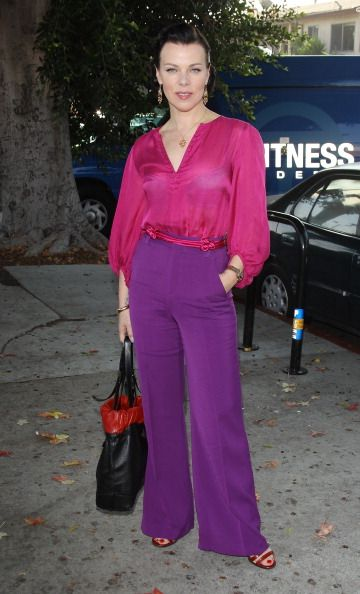 Love this purple and pink look on Debi Mazar. From the creator of Sex and The City, 'Younger' stars Sutton Foster, Hilary Duff, Debi Mazar, Miriam Shor and Nico Tortorella. Discover full episodes at http://www.tvland.com/shows/younger.