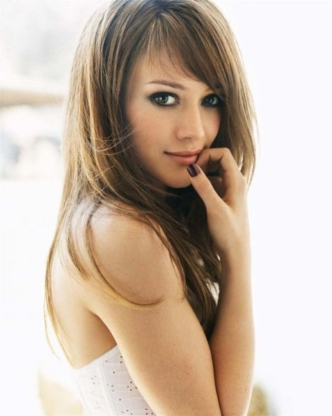 Golden-brown hair color. (Almost didn't recognize her... Hillary Duff.)