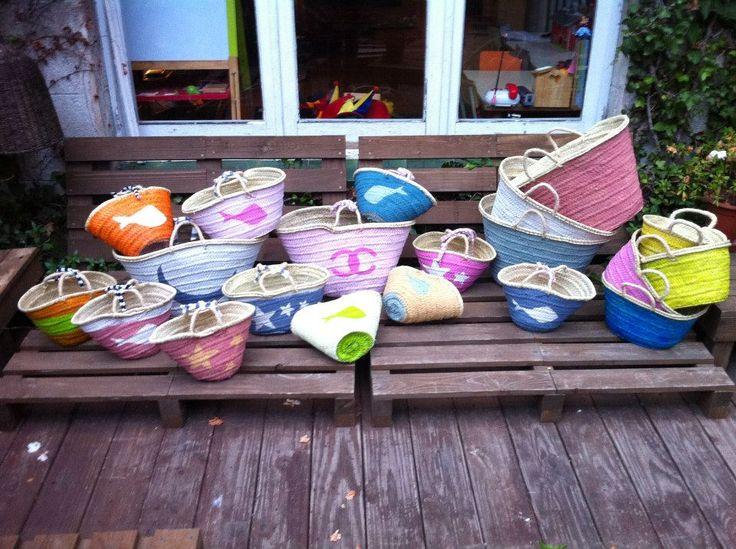 Cestos de mimbre pintados a mano cestos pinterest - Cestos de mimbre ...
