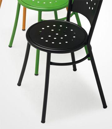 sillas para bar, restaurante o cafetería modelo APULIA con diferentes acabados.