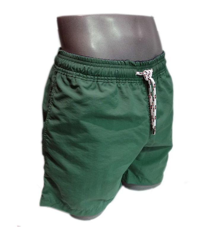 Bañadores para hombre Meyba, corte clásico, tono verde oliva y vivos en marino. Secado rápido. Bolsillos laterales. TALLAS EXTRAGRANDES: 2XL. Precio: 49,90€. http://www.varelaintimo.com/78-banadores