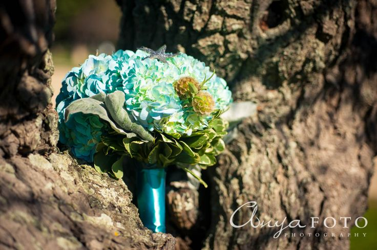 anyafoto.com, wedding bouquet, bridal bouquet, garden bouquet, blue bouquet, blue hydrangea bouquet