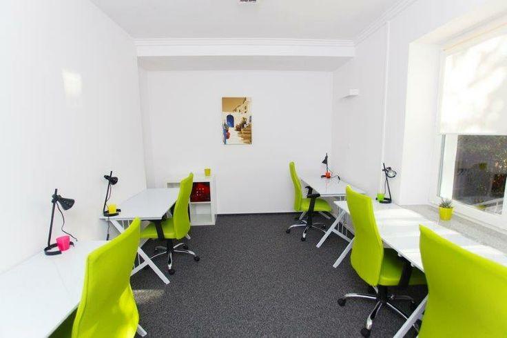 Biuro coworkingowe HUB KOLEKTYW na warszawskiej Ochocie #green #coworking #Mymeetingrooms