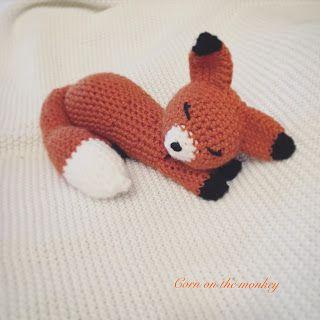Corn on the Monkey: FREE PATTERN Gummy Worms the crochet sleeping fox, amigurumi, stuffed toy, #haken, gratis patroon (Engels), vos, knuffel, speelgoed, #haakpatroon