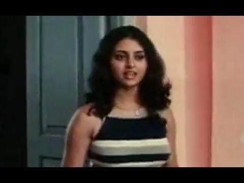 Itlu Sravani Subramanyam Scenes - Tanu Roy hiding from Jeeva - CGTR Puri Jagannath - http://best-videos.in/2012/10/28/itlu-sravani-subramanyam-scenes-tanu-roy-hiding-from-jeeva-cgtr-puri-jagannath/
