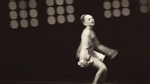 maddie ziegler switching saute arabesque