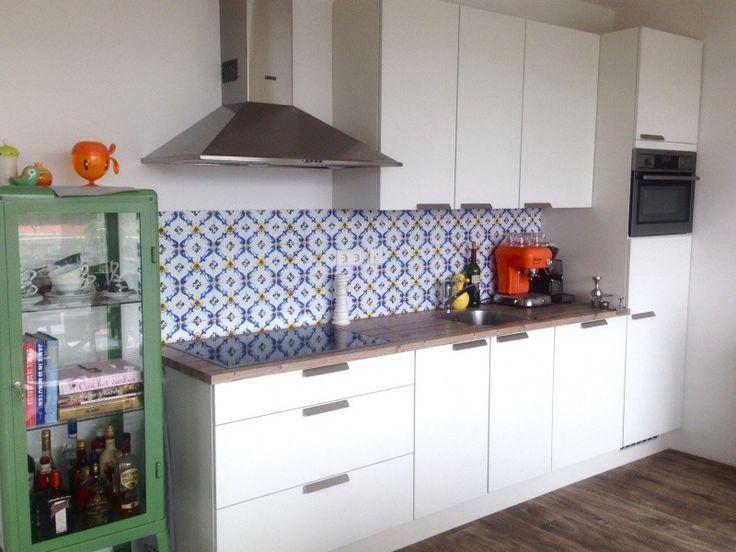 Vintage tegels behang Kitchen Walls http://www.funky-friday.com/wanddecoratie/behang/kitchen-walls-behang/kitchen-walls-behang-vintage-tegel.html