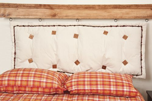 Te decimos c mo hacer una repisa de madera como respaldo de cama respaldo sommier pinterest - Como construir una cama ...