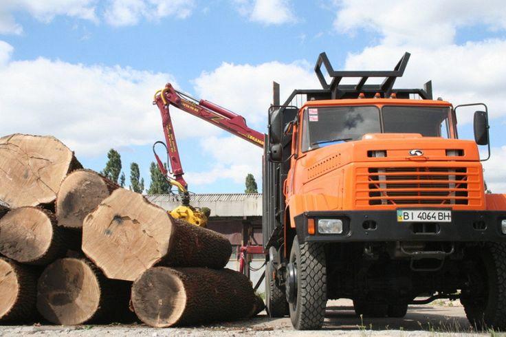 По итогам работы за девять месяцев текущего года «АвтоКрАЗ» произвел 984 автомобиля. Темп роста производства к аналогичному периоду прошлого года составил 110,1%.