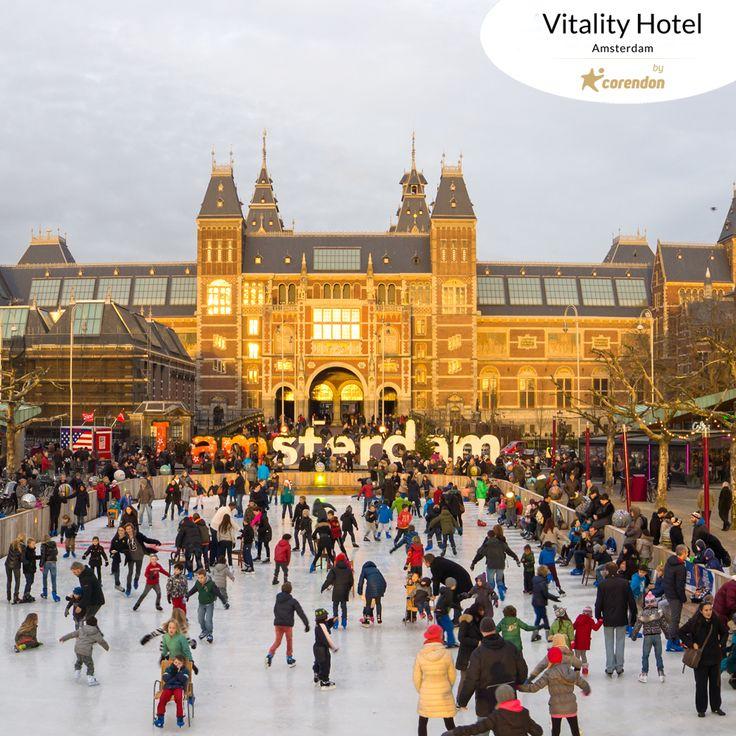 Ice Amsterdam is back! Get your skates on and visit Holland's most beautiful outdoor ice rink. You'll find Ice Amsterdam next to the Rijksmuseum, at only a 15 minute direct tram ride from the Corendon Vitality Hotel Amsterdam. // Ice Amsterdam geri döndü! Buz patenlerinizi alın ve Hollanda'nın en güzel açık hava buz pisti alanını ziyaret edin. Ice Amsterdam'ı Corendon Vitality Hotel Amsterdam'dan sadece 15 dakikalık tramvay yolculuğu sonunda Rijksmuseum'un yanında bulacaksınız. #bycorendon
