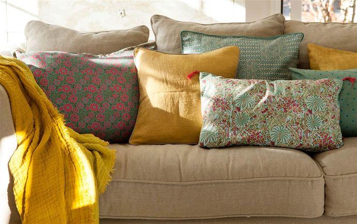 Cambiar las lámparas, colocar una alfombra, pintar una silla, colocar un espejo... Ideas para transformar la decoración en un momento