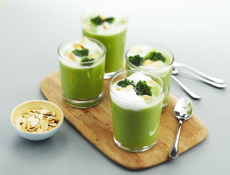 Cappuccino van broccoli met geroosterde amandelen - Lekker van bij ons !