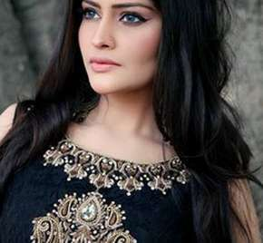 Faiza Saqlain Wedding Evening Dresses & Maira Khan Photos-01