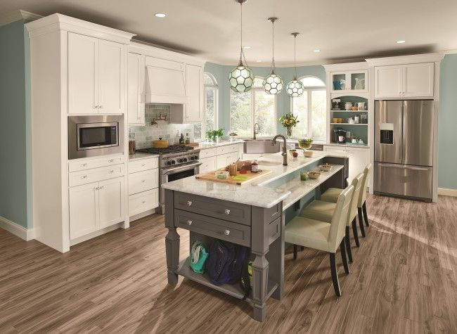 Charmant Tidiness From Messiness. Life Is Easier In The Command Center Kitchen. (KraftMaid  Cabinets In Dove White U0026 Greyloft)