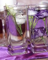 плавающие свечи и живые цветы в стакане #свадьба