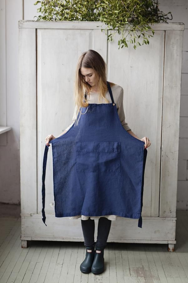 Traditional Apron, Bluebell