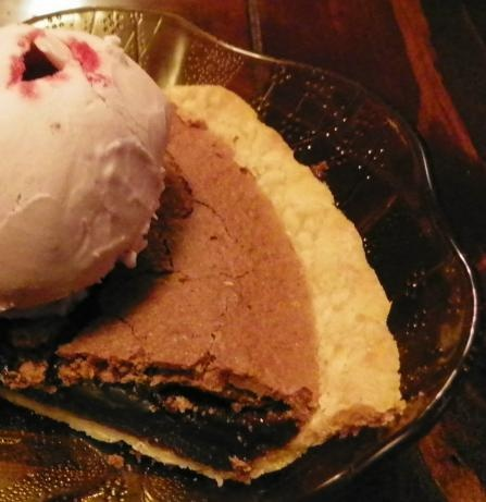 "Old Fashioned Chocolate Pie: ""Delicious and so easy to make! Try it with a big scoop of vanilla ice cream on the side!"" -robingracejohnson: Recipe, Baby Kato, Photo"