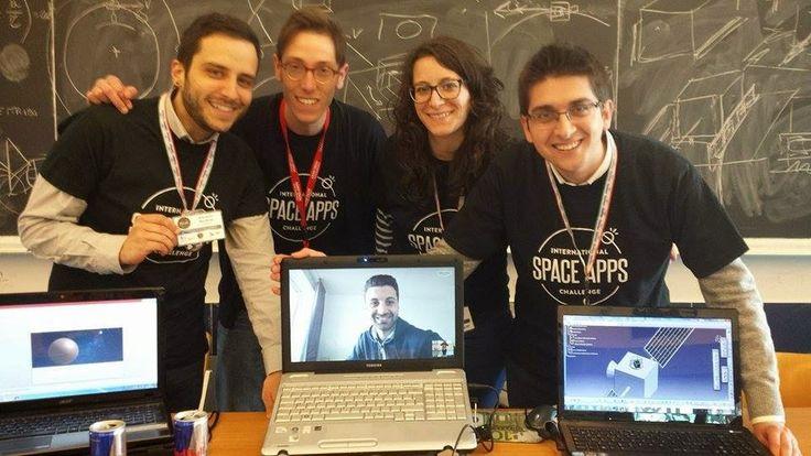 ilsolofrano: La tecnologia per i selfie spaziali? E' made in Ca...