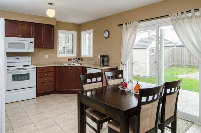 http://www.amyflowers.ca/listings/1013holdsworthcrescent.html Milton Homes For Sale - Amy Flowers Team Milton Real Estate
