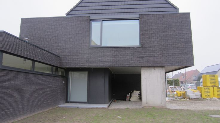 Moderne gekoppelde woning te ranst woningen pinterest d tes and we - Modern stenen huis ...