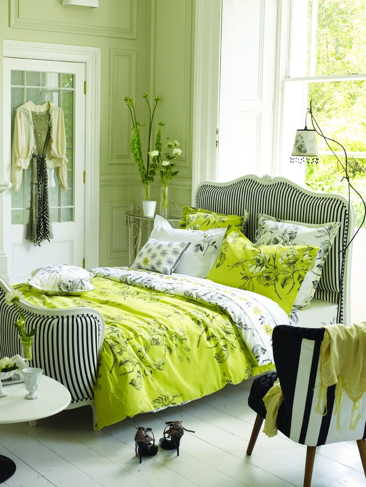 Watelet Bed Linen - this brilliant green is a great accent against the black & white motif!