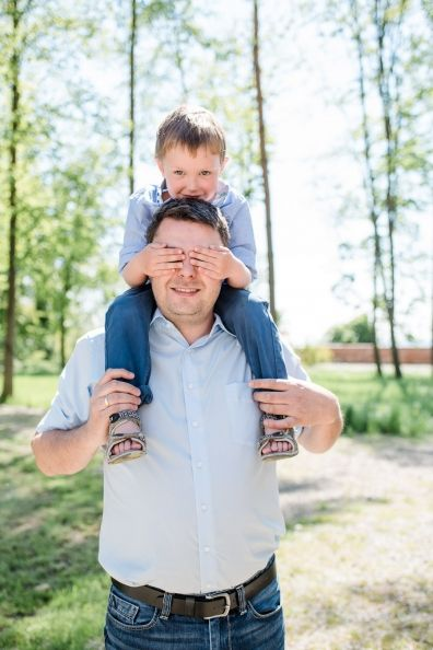 Familien Fotosessions in Augsburg und Umgebung.   KMB Photographie…