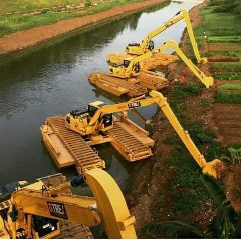 Amphibious Excavators