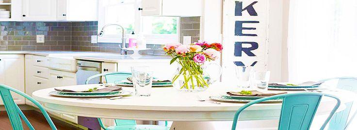 Овальные столы для кухни: тонкости выбора и 80+ комфортных моделей для современного интерьера http://happymodern.ru/ovalnye-stoly-dlya-kuxni/ ovalnye-stoly-dlya-kuxni