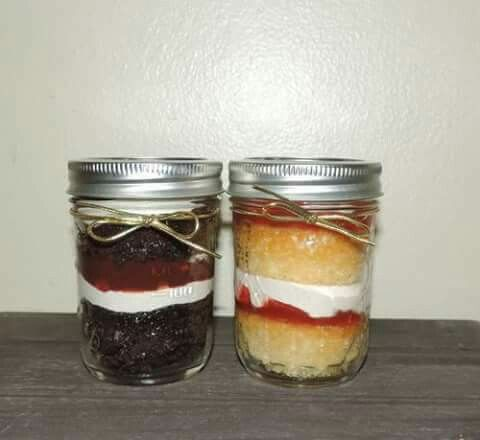 Mix Match your cakes OR design your own cake in a jar. (Ships only to the U.S)