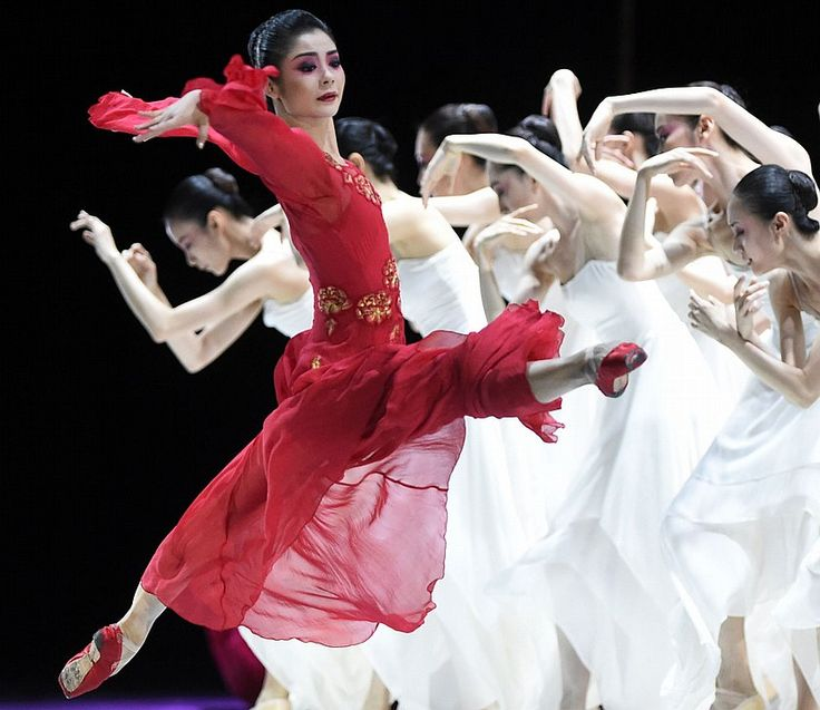 The Chinese Ballet performs Peony Pavilion at SPAC Tuesday, July 21, 2015.