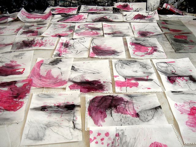 Automatic drawings in red - Mayako Nakamura.