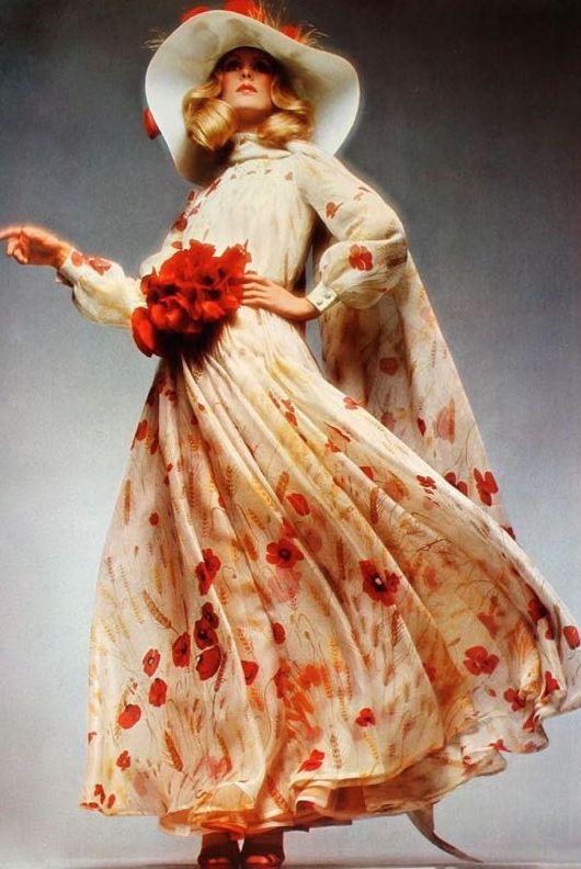 1971 fiori rossi di Valentino