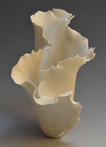 JoAnne Axford | pinched porcelain                                                                                                                                                                                 More