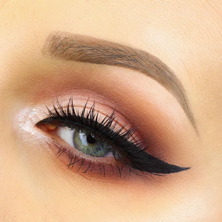 Lusting over this perfect winged liner! @lashesloveandleather wearing our #IconicMiniLashes gives us a look  we're in love with.   Details: Close Up!  using @anastasiabeverlyhills Modern Renaissance Palette and Dipbrow in Medium Brown @lancomeofficial Grandiôse Liner and @houseoflashes Iconic Mini lashes