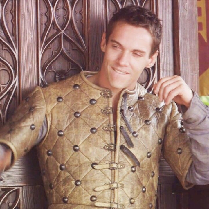 The Tudors...King Henry  So hot when he bites his lips..