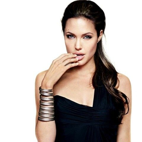 """""""I entered this business before I had focus and purpose in my life. I was very unhappy, very unhealthy, and when I sat down for an interview, I didn't know why. I felt like I didn't have anything to share. It was a very empty time."""" - Angelina Jolie"""