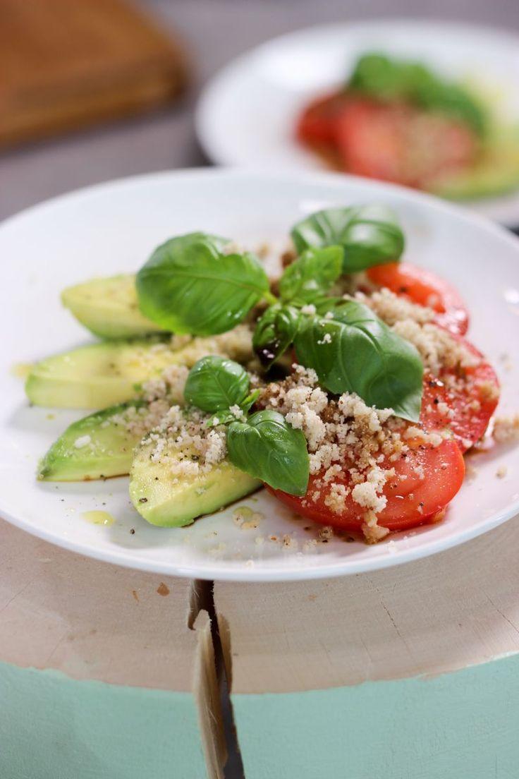 """Het lekkerste recept voor """"Tomaat-avocado"""" vind je bij njam! Ontdek nu meer dan duizenden smakelijke njam!-recepten voor alledaags kookplezier!"""